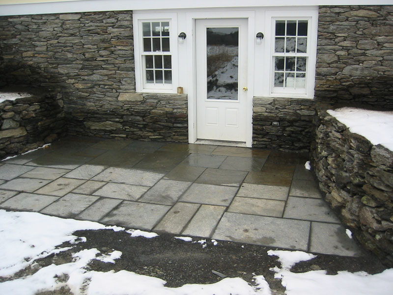 Good Square Cut Flagstone Patio