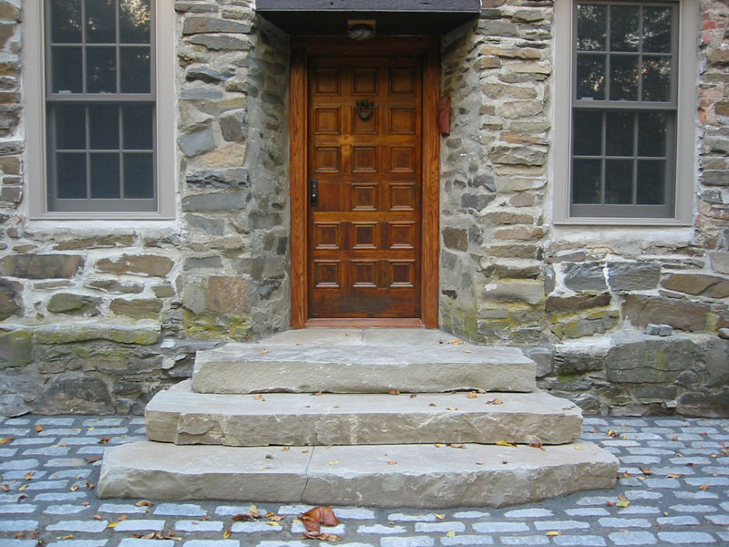 Attrayant Natural Stone Steps And Patio