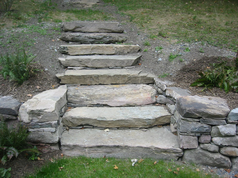 More stone step pictures bluestone fieldstone and for Pictures of stone steps
